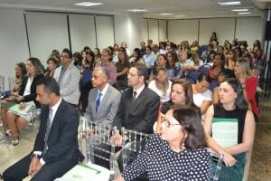 Público presente durante o evento.