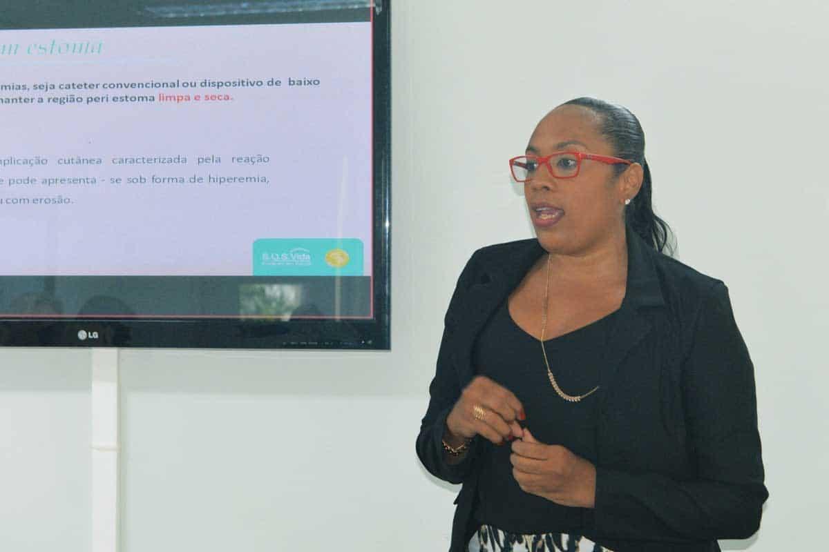 Ana Gonzaga falando Gastrostomia