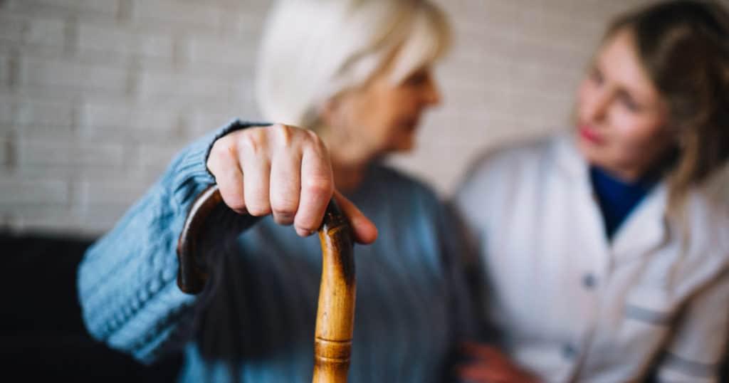 cartilha Fiocruz para cuidadores de idosos